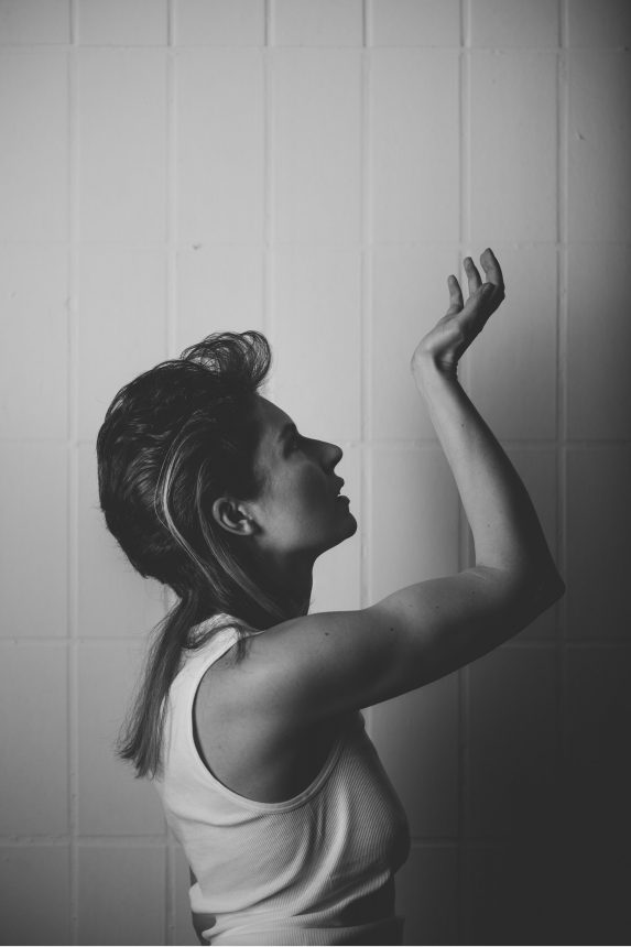 Lisa Cristelli Photography by Marion Luttenberger (MediumLarge Studio)